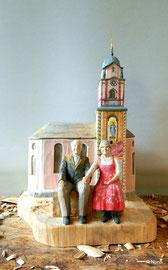 Kirche St. Peter und Paul mit Portrait Figuren
