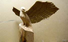 Adler mit Engelsflügeln