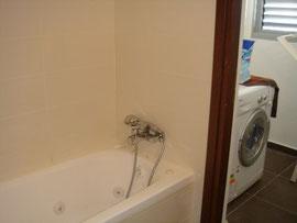 Salle de bain baignoire+buanderie