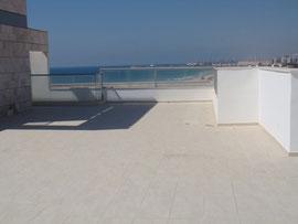 Terrasse conçue pour piscine