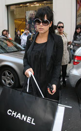 Lily Allen shopping at Chanel. Bond Street, London UK