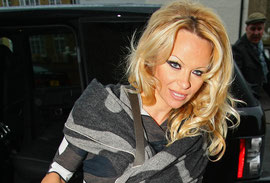 Pamela Anderson arriving at the Wimbledon Theatre for her performance in