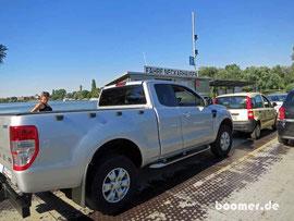 """nser """"Dicker"""" fährt das erste Mal Fähre - auf gehts über den Neckar nach Ladenburg..."""