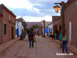 die Hauptstraße von San Pedro de Atacama