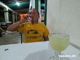 Margarita und Tecate Bier - gehören zu Mexiko
