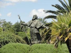 Santiago - moderne Pilgerstatue