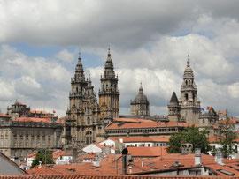 Santiago - Kathedrale vom Park Alameda aus