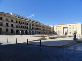 Baena - Plaza de la Constitutión und Casa del Monte