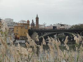 Sevilla - El Puente de Isabel II o Puente de Triana