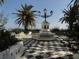 Tarifa - Plaza Pompino Mela