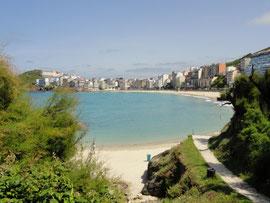 Malpica - Gesamtansicht mit Praia Area Maior