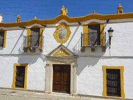 Medina de las Torres - Adelshaus am Plaza Constitucion