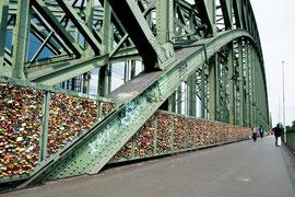 Hohenzollernbrücke, Köln, 2011