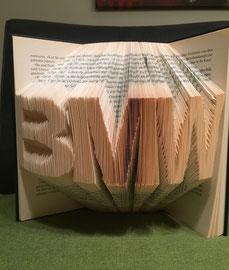 Buchstaben im Buch 3d