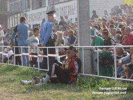 """EM-Finale Ukraine 2009 vor 8.ooo Zuschauern, MSCR bei der """"Arbeit"""""""