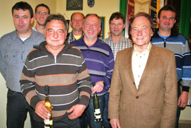 Florian Bösl, Georg Brückl, Franz Brey, Josef Nagl, Bernhard Fischer und Josef Stang wurden für besondere Einsatzbereitschaft im Verein gewürdigt.