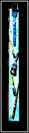 """""""Auf dem Weg zum Pinselhimmel"""" / Sommer 2010 / Bemalter Holzbalken mit aufgeschraubten, benutzten Pinseln / Größe ca.: b 12,0 cm * h 90,0 cm / Nachträge-Werkverzeichnis"""
