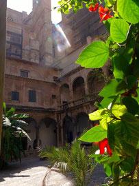 Kloster an der Kathedrale von Palma de Mallorca