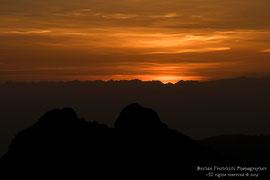 Fase finale del tramonto (foto dal Monte Coltignone)