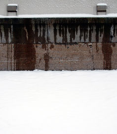Snow, sea wall, drainage vents
