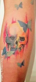 teschio/skull tattoo Mauri Manolibera Tattoo - Castel San Pietro, Mendrisio (Ticino), Svizzera - Borgomanero (Novara) Italia