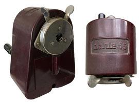 "Spitzmaschine ""Dahle 55"" rot - Höhe 10 cm, Breite 7.5 cm, Tiefe 5.5 cm"