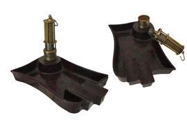 Aschenbecher mit Benzinfeuerzeug als Grubenlampe - Länge ca. 12.5 cm, Breite ca. 8 cm, Höhe ca. 2 cm