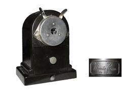 """Spitzmaschine """"Monte Rosa 22/1"""", eine Variante der Dahle 22 - Breite 8.2 cm, Tiefe 6.2 cm, Höhe 10.8 cm"""