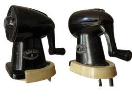 "Spitzmaschine ""Garant III"" Made in Czechoslovakia, 1946-1960, Streamline - Höhe 11 cm, Breite 7 cm, Länge 12 cm"