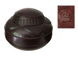 Tabakdose ca. 1930, Hersteller: Isopresswerk GmbH, Berlin-Oberschöneweide, Taumalit ist der Handelsname für ihr Bakelit - Durchmesser 15 cm, Höhe 10.5 cm