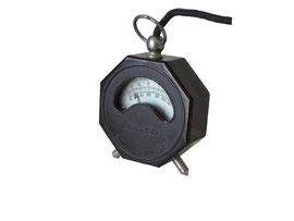 """DC Voltmeter """"stronlite"""" - Durchmesser 5.8 cm, Tiefe 2 cm"""