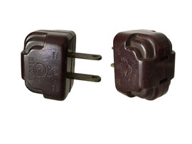 Amerikanischer Stecker, WINKER Christmas Light Plug Adapter 100w,  Made In USA - Breite 3.8 cm, Tiefe 2.8 cm, Höhe 2.7 cm