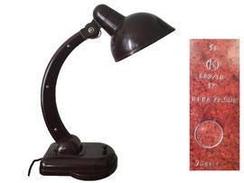"""Tischlampe Modell Sigma, produzert in Russland, Fabrik """"Karbolit"""", Orechowo-Suewo, nach einem Entwurf von Christian Dell 1929 - Höhe ca. 40 cm"""