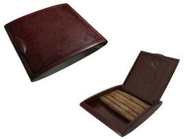 Zigarettenschachtel, kein Hersteller - Breite 8 cm, Tiefe 9 cm, Höhe 1.5 cm