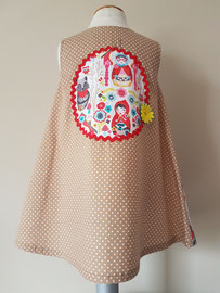 Achter: Roodkapje, so cute katoenen jurkje. Artikelcode 92-068.