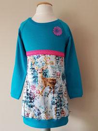 Voor: Wintertime blauw, jurkje van tricot. Artikelcode 98/104-052. Prijs: 32,95 excl. verzendkosten.