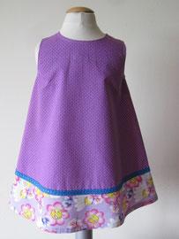 Achter: So cute katoenen jurkje met bloemenprint. Artikelcode 92-026.