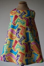 Voor: Regenlaarzen, so cute katoenen jurkje. Artikelcode 86-073. Prijs 32,95 excl. verzendkosten.