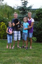 Alice (Ayla) mit Familie Hufschmidt