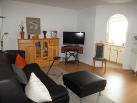 Blick in's Wohnzimmer zur Küche