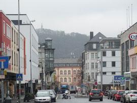 Von der Basilika Straße (Sackgasse) zur Innenstadt