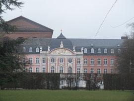 Kourfürstliches Palais
