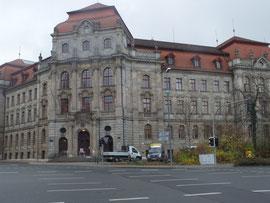 Justizpalast, Wittelsbacherring