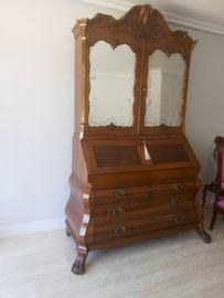 Restauración de mueble con alzada holandés. Siglo XIX.
