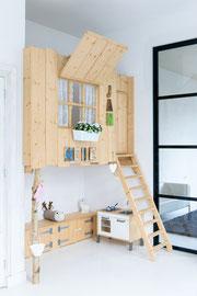 speelhuisje - woning in Kollum (foto Ronald Zijlstra Fotografie)