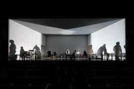 Tiger und Löwe // Staatstheater Karlsruhe/ Royal District Theatre Tiflis // 2018 // Regie: Data Tavadze