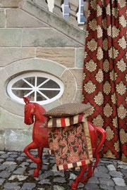 Foto: JAB ANSTOETZ - Gardinen | Polsterstoffe | Teppiche