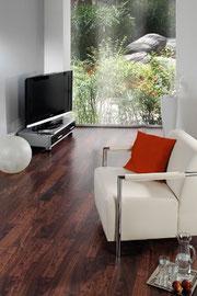 Foto: ZIRO - Bodenbeläge: Fertigparkett | Bambus-Parkett | Massivholzdielen | Korkböden | Vinyl-/Designbeläge | Lederbeläge | Linoleum | LaminatbödenFoto: ZIRO - Bodenbeläge: Fertigparkett | Bambus-Parkett | Massivholzdielen | Korkböden | Vinyl-/Designbel