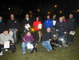 Teilnehmer des Haushundekurses Herbst 2012 nach bestandener Prüfung