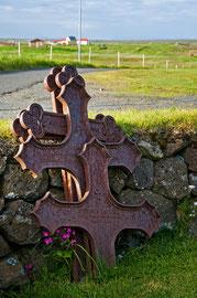 Kreuze auf den Friedhof von Hvalsneskirka